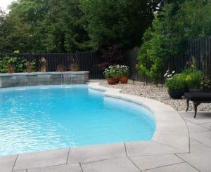amenagement-paysager-residentiel-commercial-piscine
